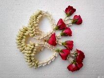 花束着色玫瑰有选择性的婚礼 免版税图库摄影