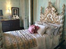花梢卧室在住处Loma加拿大 库存照片