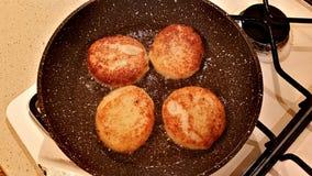 从花椰菜的可口炸肉排 免版税库存照片