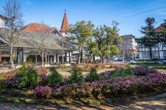 花正方形& x28; Praça das Flores& x29;-新星Petropolis,南里奥格兰德州,巴西 库存图片