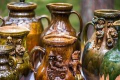 花瓶和杯子 免版税库存照片