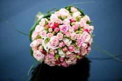 花美丽的花束  库存图片