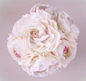 花花束在柔和的淡色彩的 库存照片