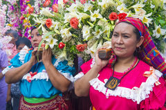 花&棕榈节日在Panchimalco,萨尔瓦多 免版税图库摄影