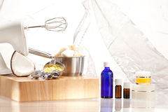 芳香化妆用品的生产 图库摄影