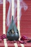 芳香蜡烛闪亮指示 免版税库存图片