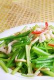 芹菜瓷可口食物油煎的腰部猪主街上 免版税库存图片