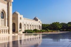 苏丹卡布斯盛大清真寺在马斯喀特,阿曼 库存图片