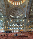 苏丹阿哈迈德清真寺蓝色清真寺,伊斯坦布尔,土耳其内部  免版税库存图片