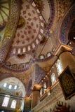 苏丹阿哈迈德清真寺(蓝色清真寺),伊斯坦布尔内部  库存照片