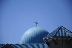 苏丹赴麦加朝圣过的伊斯兰教徒艾哈迈德Shah清真寺a圆顶  K 一个UIA清真寺在Gombak,马来西亚 图库摄影