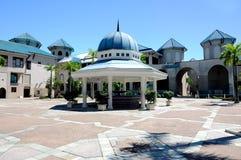 苏丹赴麦加朝圣过的伊斯兰教徒艾哈迈德Shah清真寺a的洗净液 K 一个UIA清真寺在Gombak,马来西亚 图库摄影