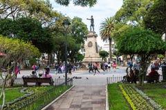 苏克雷, BOLIWIA - 2018年2月08日:大广场和雕象 免版税图库摄影