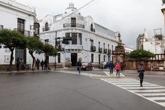 苏克雷, BOLIWIA - 2018年2月08日:街道在苏克雷 苏克雷是Th 免版税库存照片