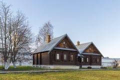 苏兹达尔,俄罗斯-06 11 2015年 尼姑的细胞圣Pokrovsky女修道院的 金黄圆环旅行 免版税库存图片
