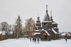 苏兹达尔,俄罗斯- 2016年11月5日:木建筑学博物馆  免版税图库摄影