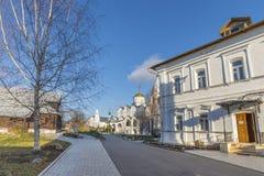 苏兹达尔,俄罗斯-06 11 2015年 St Pokrovsky修道院在16世纪建造 金黄圆环旅行 免版税库存照片