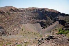 维苏威火山火山的火山口 免版税库存图片