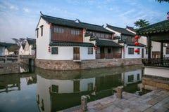 苏州市, Lu古镇跨接人 免版税库存照片