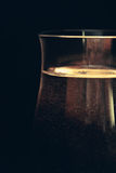 苏打水喜欢在玻璃的香槟 免版税库存照片