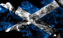 苏格兰在黑背景的烟旗子 免版税库存图片