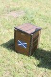 苏格兰格子呢节日,木箱 免版税库存照片