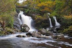 苏格兰瀑布 免版税库存照片