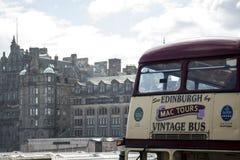 苏格兰英国爱丁堡14 0 5 2016 - Mac游览葡萄酒观光城市的公共汽车 免版税库存图片