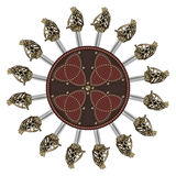 苏格兰高地单刃剑和苏格兰用在凯尔特样式的螺柱装饰的争斗盾 库存照片
