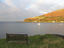 苏格兰高地长凳  库存照片