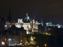 苏格兰,爱丁堡,城市的夜视图 免版税库存照片