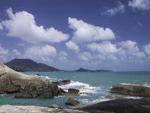 苏梅岛海岛全景有蓝天的 免版税库存照片