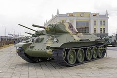 苏联中型油箱T-34模型1940年在军用设备博物馆  图库摄影
