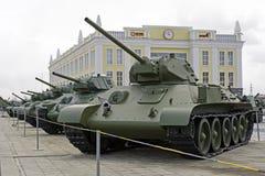 苏联中型油箱T-34-57模型1941年在军用设备博物馆  库存照片