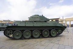 苏联中型油箱T-34-76模型1943年在军用设备博物馆  库存图片