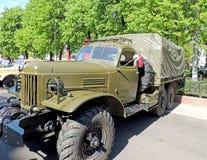 苏联之后的WW2一般用途2 5个吨6x6卡车ZIL-157 库存图片
