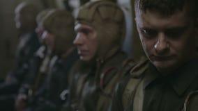 苏联先头登陆部队为着陆做准备 ii战争世界 争斗的重建 股票视频