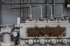 苏联减速火箭的老拖拉机Stalinets 免版税库存照片