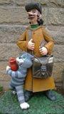 苏联动画片的英雄-邮差Pechkin和猫Matroskin 库存照片