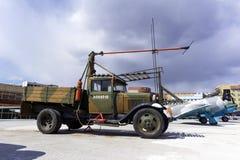 苏联卡车GAZ-AA在军用设备博物馆根据粗麻布起始者AS-1 免版税库存图片