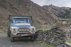 苏联卡车ZIL 130 库存图片