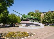 苏联反坦克装甲车SU-100。纪念碑。 免版税库存照片