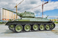 苏联坦克T-34/76 -军事equipm博物馆的展览  图库摄影