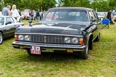 苏联大型豪华汽车GAZ-14柴卡 免版税图库摄影
