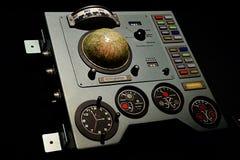 苏联太空飞船沃斯托克-在空间商展SIS-2-3 KV控制板显示的类型 库存图片