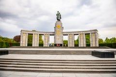 苏联战争纪念建筑(蒂尔加滕)在柏林 免版税库存照片