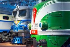 苏联的时期的不同的机车 俄国 圣彼德堡 俄罗斯2017年12月21的博物馆铁路日 免版税库存照片