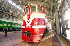 苏联的时期的老电,内燃机车 俄罗斯圣彼德堡 2017年11月02日 免版税图库摄影