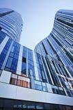 苏荷区的三里屯,北京,中国五颜六色的摩天大楼 免版税库存照片