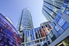 苏荷区的三里屯,北京,中国五颜六色的摩天大楼 库存照片